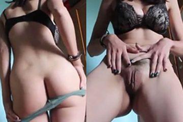 novinha bucetuda se masturbando