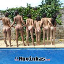 novinhas-peladas-na-piscina