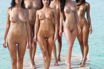 mulheres gostosas peladas