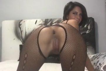Rabão imenso da morena na webcam