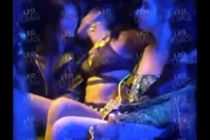 Anitta se divertindo pakas com suas amigas lesbicas na festinha